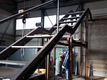 Treppe Stahlbau Karl Henrich Stahl- und Rohrleitungsbau GmbH